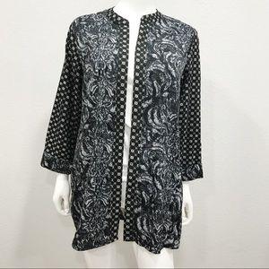H & M black white combo pattern kimono top blouse